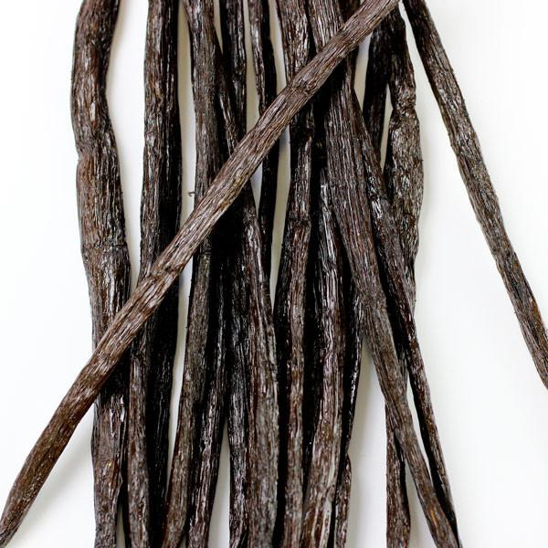 Vanilla extract with seeds